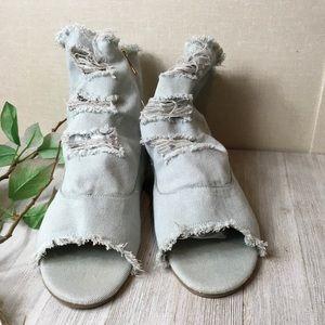 Bamboo denim distressed frayed sandal booties, 10